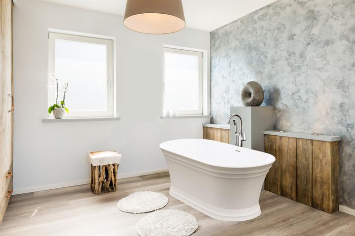 lyndsay-freestanding-bath