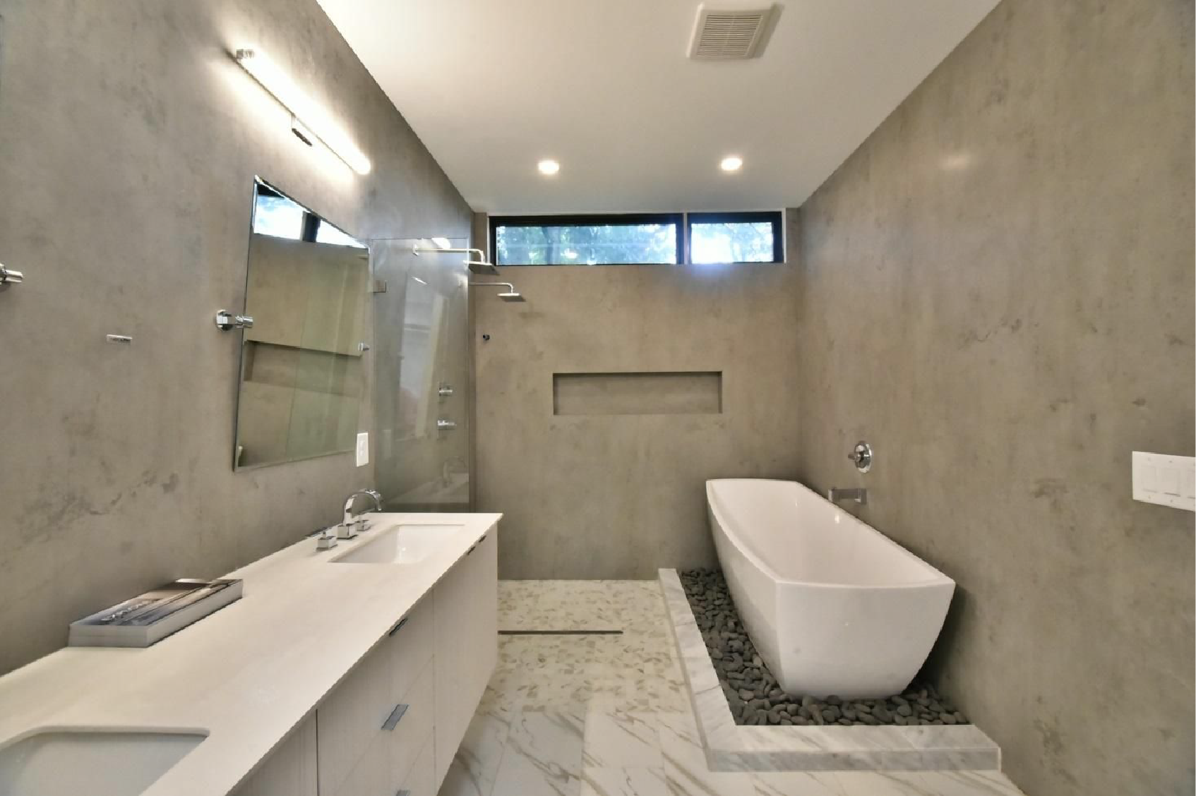 The Stella™ bathtub by Jacuzzi Luxury Bath Displayed in Atlanta, GA at MA! Design is Human Expo and Architectural Tour