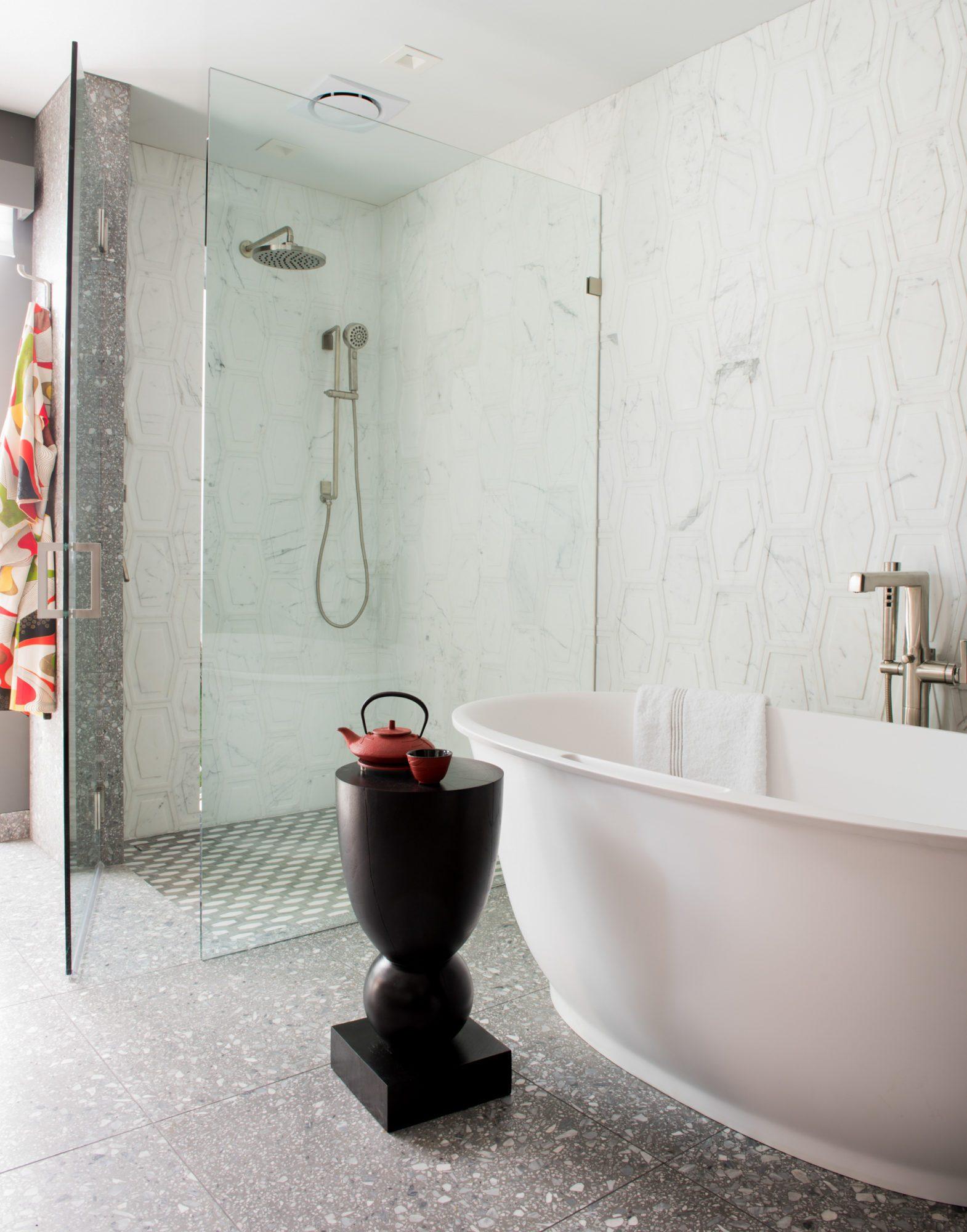 Karina Freestanding Bath in White