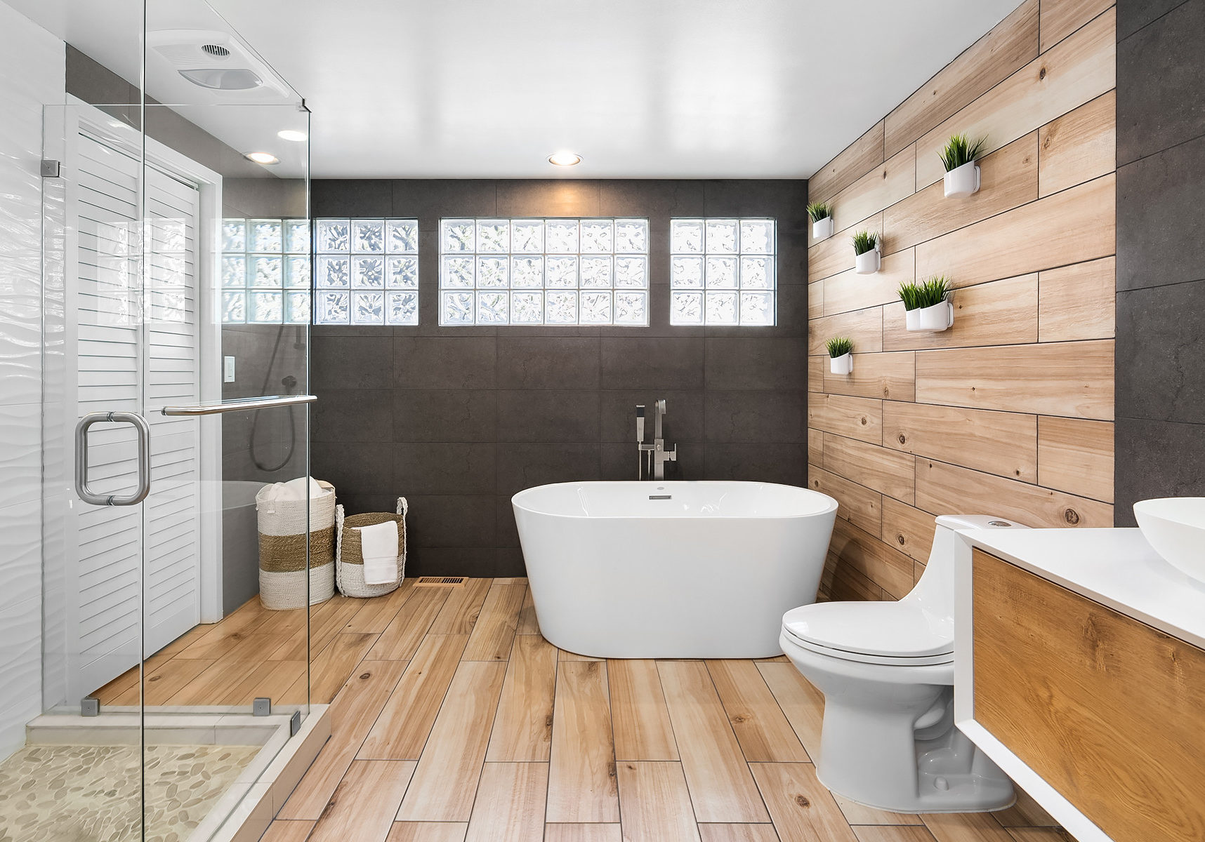 Celeste_5932_Square_Tub_Filler_BN_Primo_One_Piece_Toilet_1