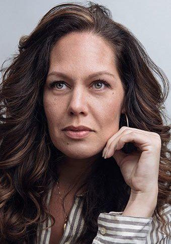 Ellie Visconti Headshot profile pic